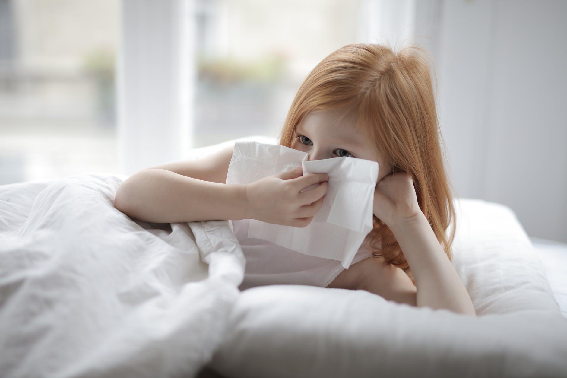 床墊濕氣易生成塵螨,使得皮膚搔癢影響呼吸道健康